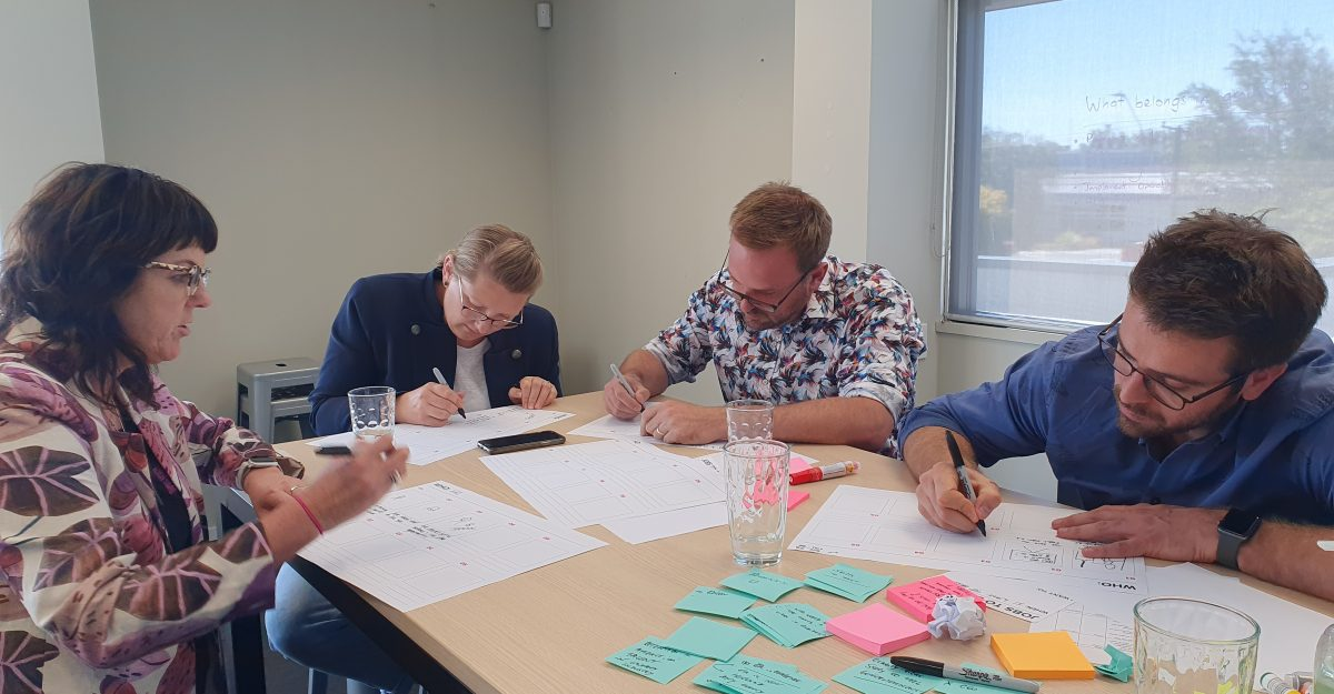 Antoine Denis from Assurity and Energy Academy team in a workshop.